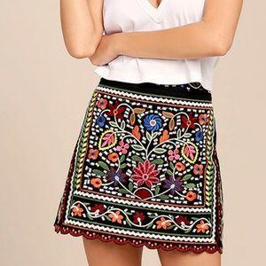 Lulu mini skirt
